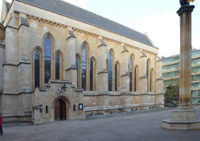 църквата Temple