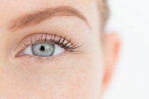 кожа около очите