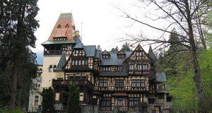 Замъкът Пелеш